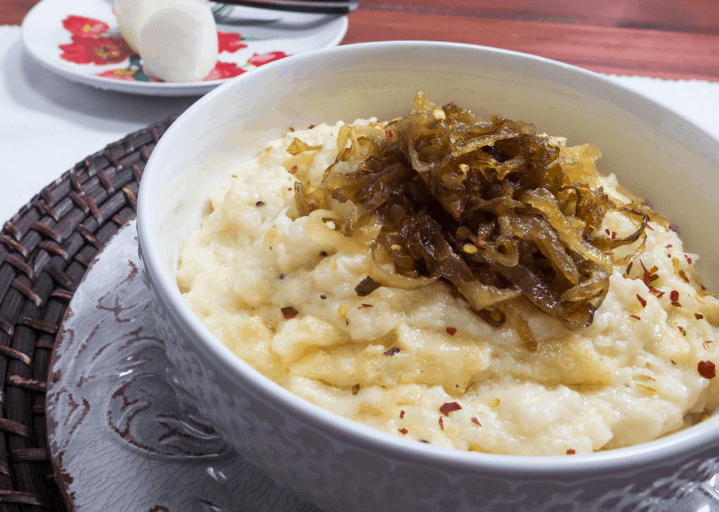 Mashed Cauliflower with Caramelized Onions
