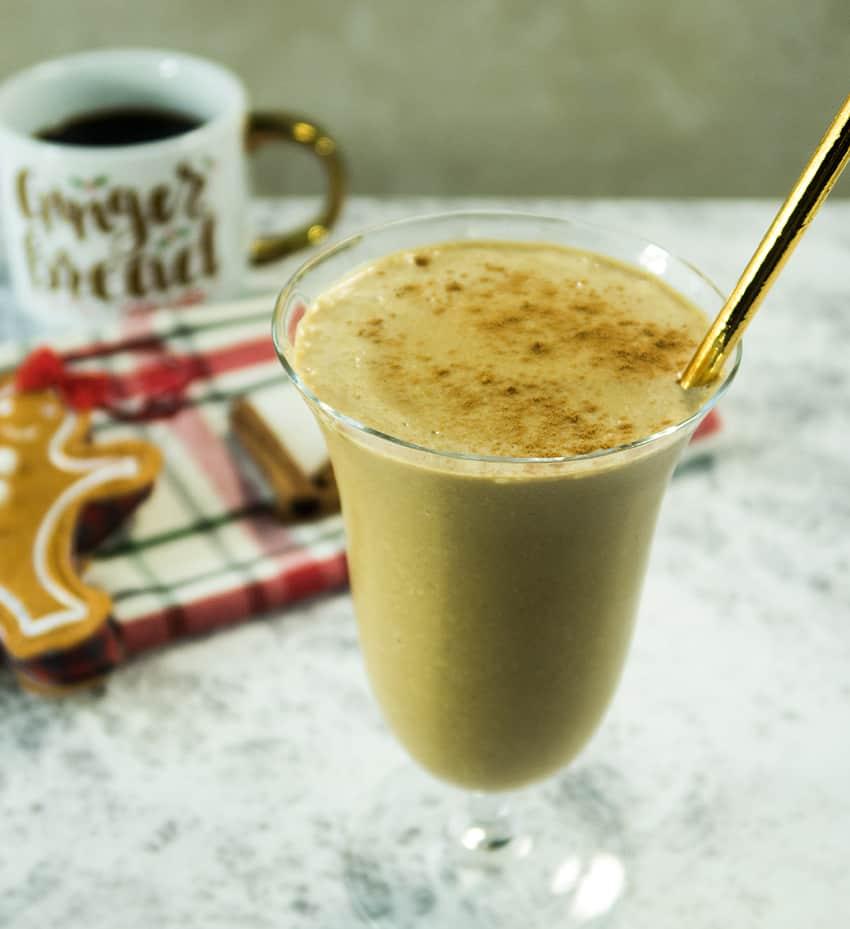 Healthy Gingerbread Breakast Smoothie