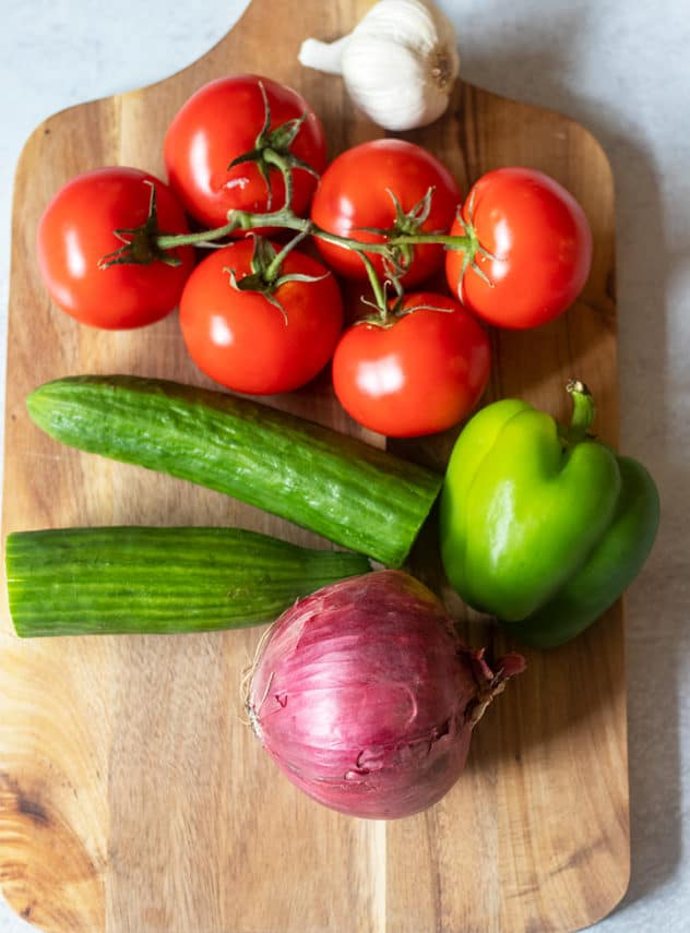 garlic, tomatoes, cucumber, bell pepper, red onion